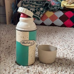 holiday Kitchen - Vintage thermos rare atomic pattern